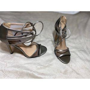 Bcbg metallic grey high heels 8 4inches mesh